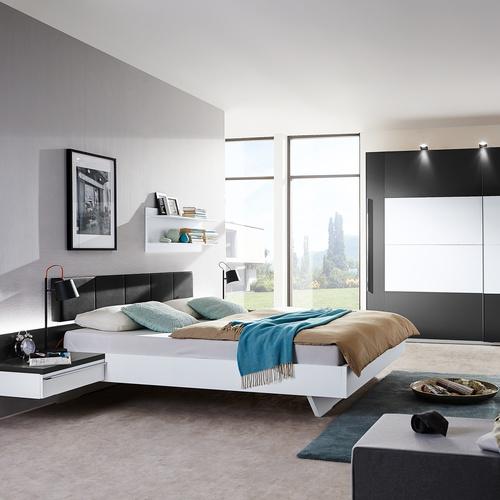 Tolle Komplett-Schlafzimmer — Möbel Preiss