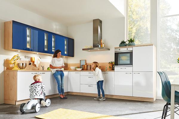 top qualit t zu besten preisen m bel preiss. Black Bedroom Furniture Sets. Home Design Ideas